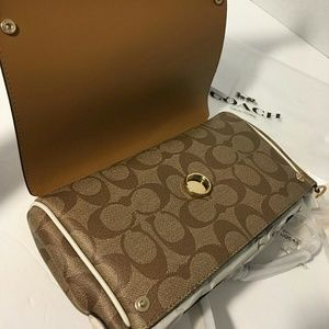 Coach cross body reversible leather , new